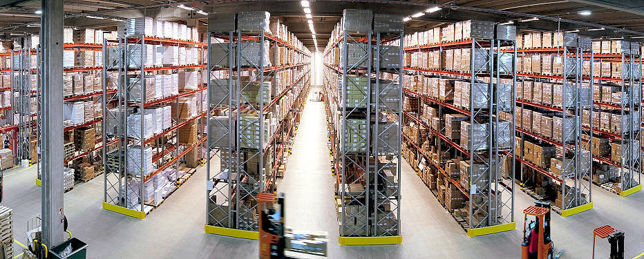 security-guards-to-protect-distribution-warehouses-and-order-fulfillment-centers